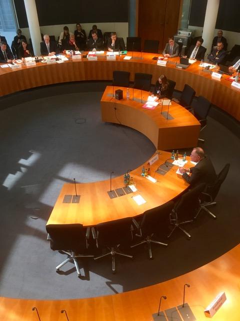 Stephan Weil (SPD), Ministerpräsident von Niedersachsen vor dem VW-Untersuchungsauschuss im Deutschen Bundestag.