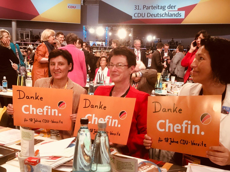 Abschied von Angela Merkel: Delegierte auf dem Bundesparteitag bedanken sich bei der Parteivorsitzenden.